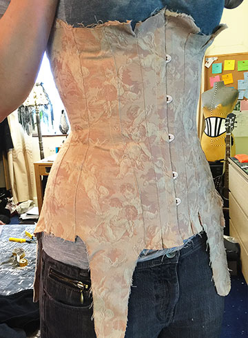 Corset pattern from the front